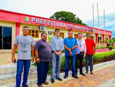 Mâncio Lima ganha projeto de iluminação pública