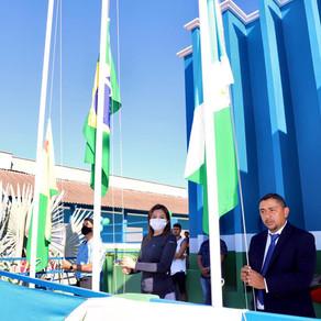 No aniversário de 29 anos de Porto Walter, prefeito entrega obras e barcos