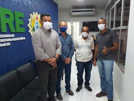 Prefeito garante maquinário para melhorias do lixão de Acrelândia