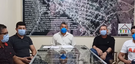 Prefeito Bira Vasconcelos e secretários, pedem que população redobre os cuidados na pandemia