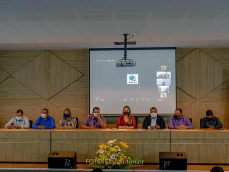 DIPLOMACÃO: Prefeita Fernanda Hassem, vice-prefeito e vereadores são diplomados em Brasiléia