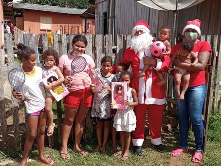 Natal feliz: Prefeitura continua distribuindo presentes as crianças em Xapuri