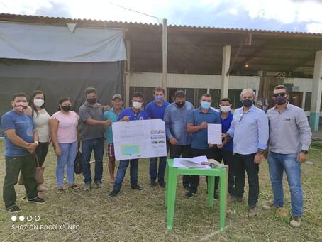 Prefeito Naudo assina ordem de serviço para construção do mercado municipal