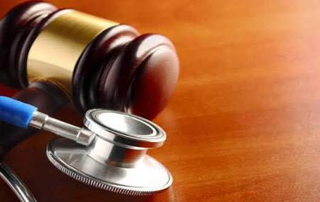 Câmara Municipal recebe denúncia do SINTESAC de desvios do Prefeito André Maia na Saúde do Quinari