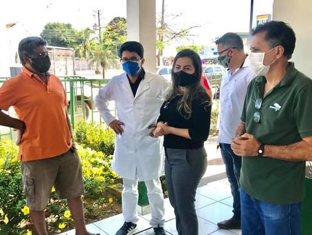 Prefeita Fernanda  juntamente com deputado Janilson Leite visita Unidade de Referência ao COVID-19