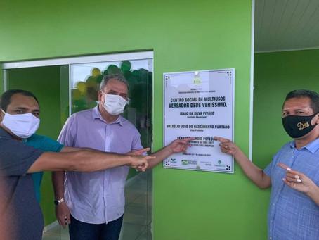 Prefeito Isaac Piyãko e população inauguram Centro Social Multiuso