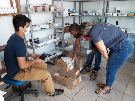 Transparência: Prefeitura de Capixaba recebe mais um lote de medicamentos para a Farmácia Central