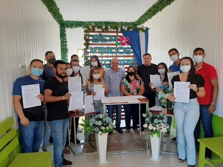 Prefeito em exercício, Eudes Mendes, participa da recepção dos novos servidores da Saúde