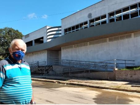 Após 25 anos, prefeitura de Rodrigues Alves reconstrói mercado público com mais de 30 boxs
