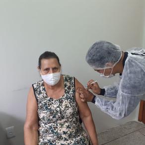 Prefeitura garante continuidade da vacinação contra a covid-19