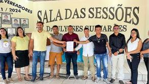 Vereadores comemoram assinatura do Termo de Convênio com a APADEC