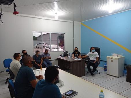 Lideres das Igrejas filiadas a AMEACRE-RA, são recebidos na Prefeitura pelo Prefeito Jailson Amorim