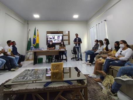 Prefeito Isaac Piyãko participa de importante reunião com integrantes da rede do CMDCA