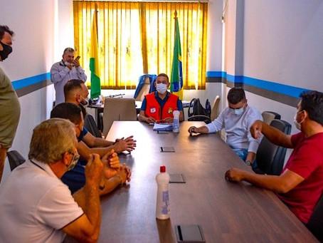 Prefeitura busca solução pacífica entre caminhoneiros e imigrantes
