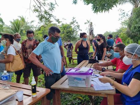 Prefeitura garante atendimento a comunidades e entrega remédios e presta assistência social