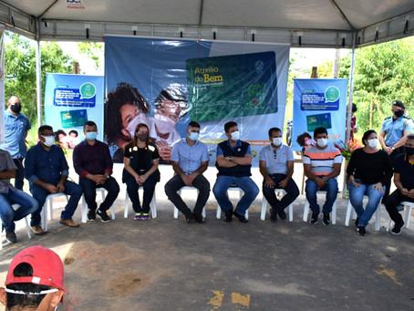 Prefeitura de Rodrigues Alves junto com governo do estado entrega cartão auxílio do bem