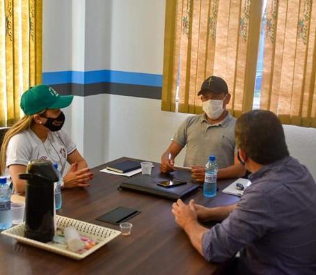 Prefeitos do Alto Acre visitam Assis Brasil e prestam solidariedade ao povo atingido pela alagação