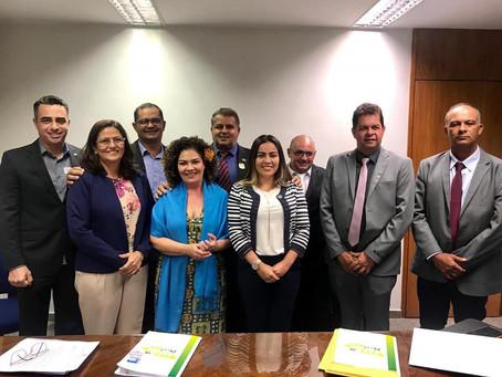 Tanízio Sá participa de comitiva de prefeitos em Brasília em busca de recursos para Manoel Urbano