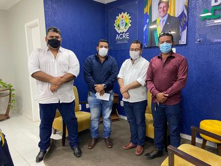 Parlamentares guiomarenses buscam parceria no Deracre para melhorias do município