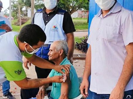 Prefeito prestigia início da Campanha de Vacinação contra a covid-19 em idosos de Jordão