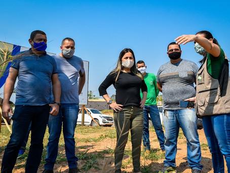 Prefeitura de Brasileia e AMAC realizam visita técnica na futura instalação da Feira Livre