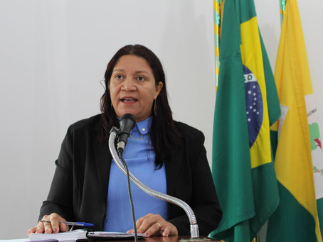 Vereadora Claudia Lima pede melhorias na limpeza publica