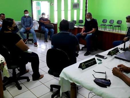 Representantes da Saúde Municipal se reúnem com membros da Comissão da Câmara de Xapuri