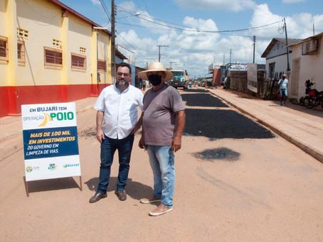 Prefeito e Presidente do Deracre visitam ruas beneficiadas pela operação apoio