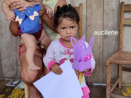 Prefeitura distribuiu 200 cestas de páscoas para crianças participantes do programa Criança Feliz