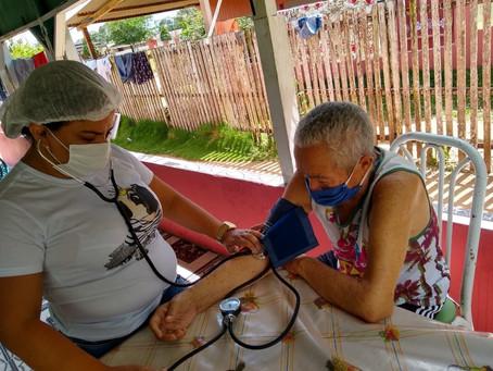 Prefeitura intensifica imunização de idosos de 65 a 69 anos