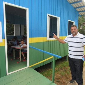Porto Walter conclui serviços de pinturas e roçagem dos terrenos das escolas do beirão do Juruá
