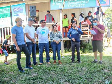 Casa Legislativa prestigia Saúde Itinerante na comunidade Pae Remanso