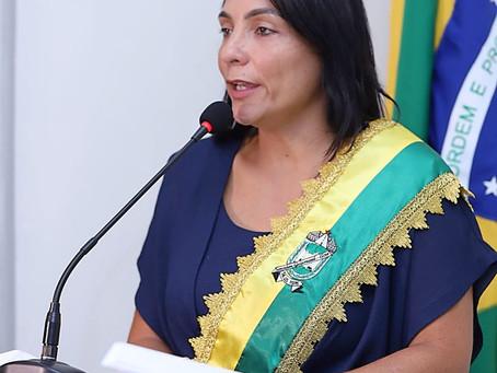 """Rosana Gomes assume a Prefeitura de Senador Guiomard: """"Vamos governar pelas pessoas da nossa cidade!"""