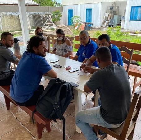 Prefeitura de Feijó dialoga com Sebrae a constituição de Cooperativa de Acaí
