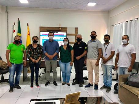 Prefeito se reúne com representantes do SEBRAE para dar continuidade ao processo de certificação