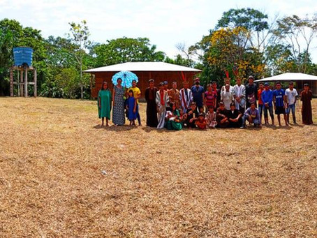 Prefeito Isaac Piyãko entrega a nova escola Samuel Piyãko ao povo indígena Ashaninka