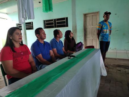 Prefeito Isaac Piyãko articula e participa de encontro com a juventude da Vila Restauração
