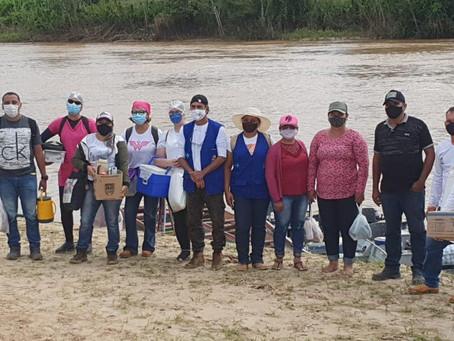 Prefeitura leva imunização aos ribeirinhos do Rio Acre até o Pirapora