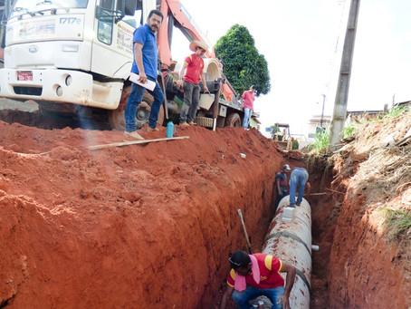 Prefeitura intensifica serviços de drenagem da Rua Capitão Pedro Vasconcelos