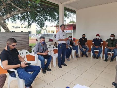 Em audiência Pública, prefeito busca solução para instalação de postes pela Energisa em Porto Acre