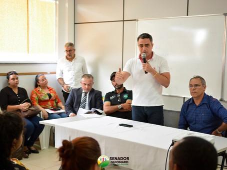 Prefeito André Maia promove audiência pública com empresários do setor farmacêutico do município