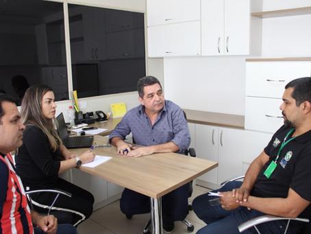 Em Rio Branco: Prefeita Fernanda Hassem busca parcerias para garantir trânsito seguro em Brasileia