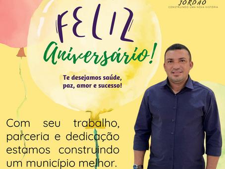 Feliz aniversário prefeito Naudo Ribeiro