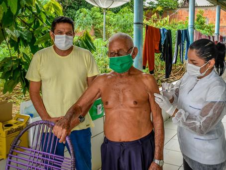 Prefeitura de Brasileia inicia a vacinação contra a Covid-19 em idosos a partir de 90 anos