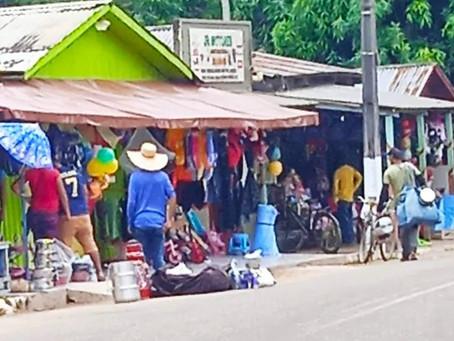 Prefeitura fiscaliza comércio irregular em Xapuri