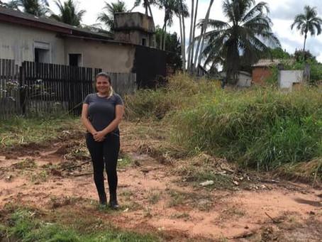 Vereadora fiscaliza os trabalhos de limpeza da cidade