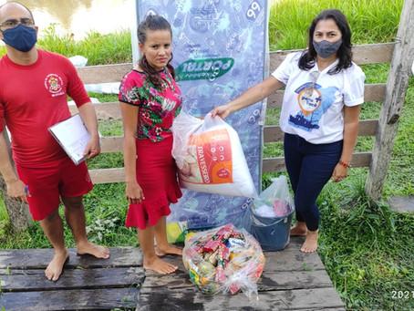 Prefeitura de Jordão entrega donativos para as comunidades carentes do Rio Muru