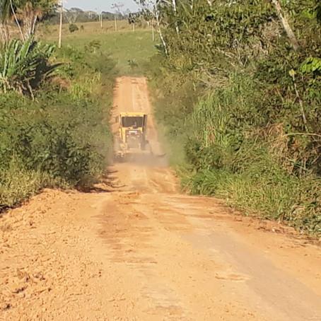Prefeitura realiza trabalho de reabertura do ramal Santa Luzia e moradores agradecem