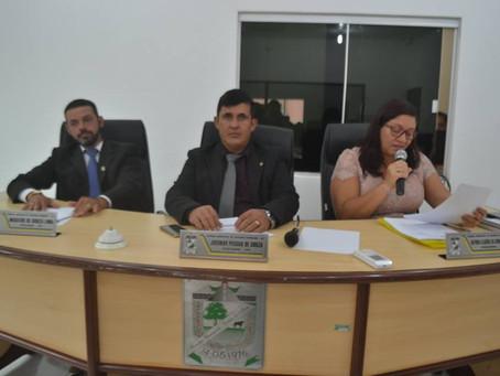 Com entusiasmo vereadores e vereadoras cumprem com suas funções legislativas