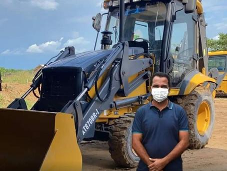 Prefeitura de Rodrigues Alves aquire máquinas pesadas